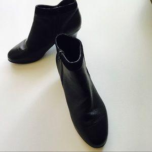 Munro Shoes - Munro Black Leather & VelourShort Boots Sz 11.5 WW
